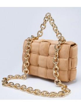 Accueil Accessoires pour femme sac à main tressé matelassé avec lanières en chaines en daim nude beige CAMEL grand format -- ...
