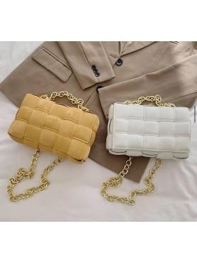 Accueil Accessoires pour femme sac à main en nubuck tressé matelassé avec lanières en chaines mustard moutarde moyen format -...