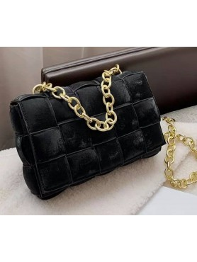 Accessoires pour femme sac à main en nubuck tressé matelassé avec lanières en chaines noir moyen format