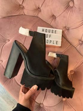 Chaussures platform noir talon haut taille 35