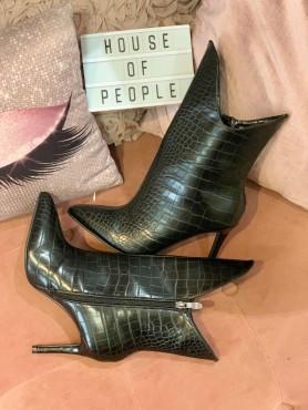 Chaussures bottines croco noir taille 37
