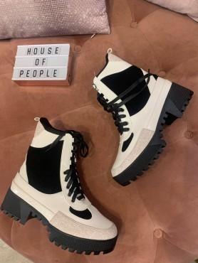 Accueil Chaussures femmes bottines military combat boots en 39 -- HouseOfPeople.fr
