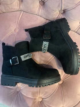 Chaussures bottes bottines...