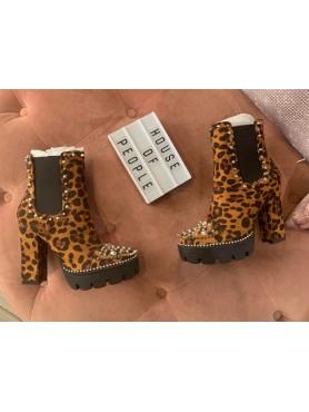 Accueil Chaussures femme bottines platform leopard talon haut cloutées destockage taille 37 -- HouseOfPeople.fr