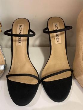 copy of Chaussures sandales femme talon haut noir à lanières mules