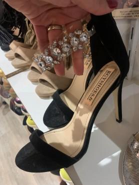 Chaussures pour femme talon haut lanières bijoux strass destockage taille 40