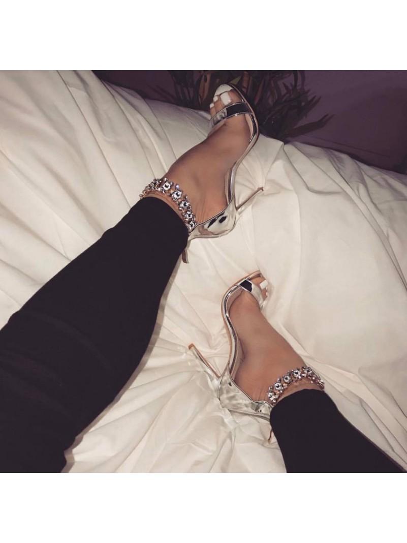 Accueil Chaussures femme sandales bijoux argent talon haut taille 37 -- HouseOfPeople.fr