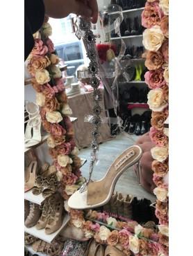 Chaussures femme sandales hautes destockage taille 40 blanche bijoux