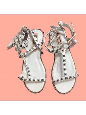 Sandales SELENA blanc clous argent